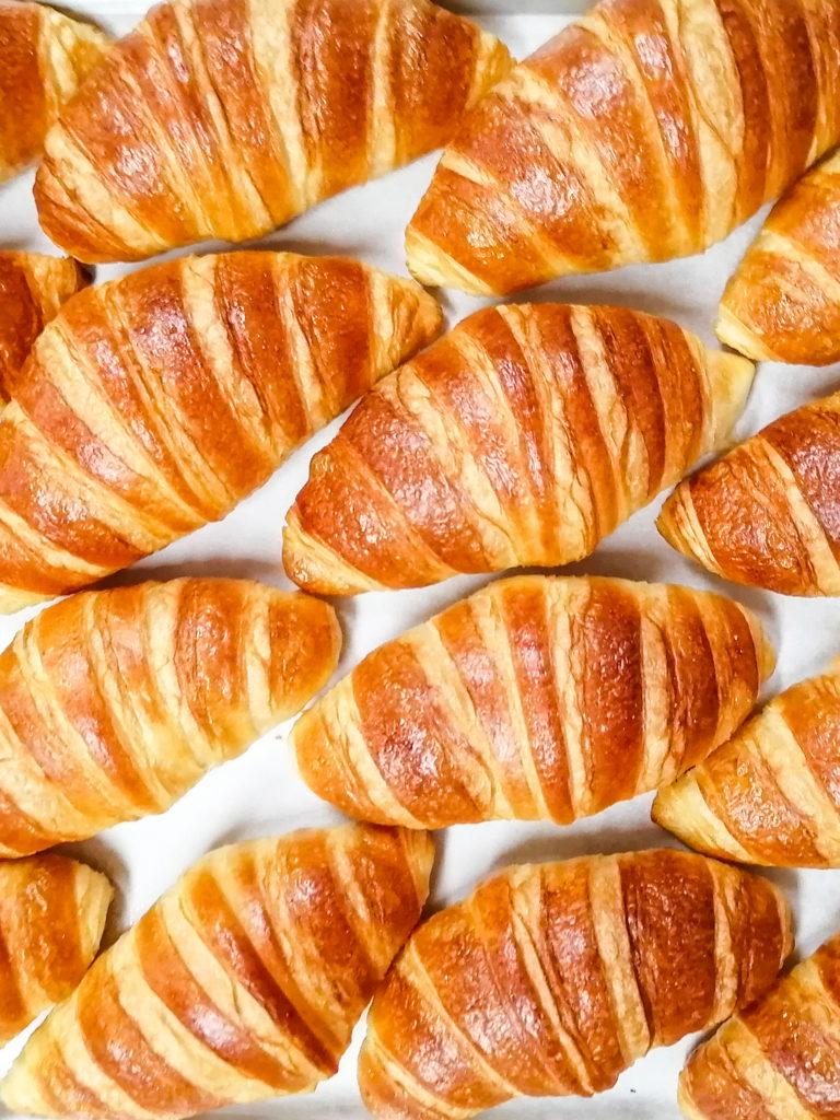 croissant-kouign-amann-patisserie-montreal